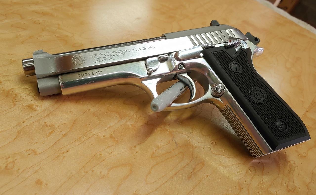 FS: Taurus/Beretta PT92 AFS Stainless 03072110