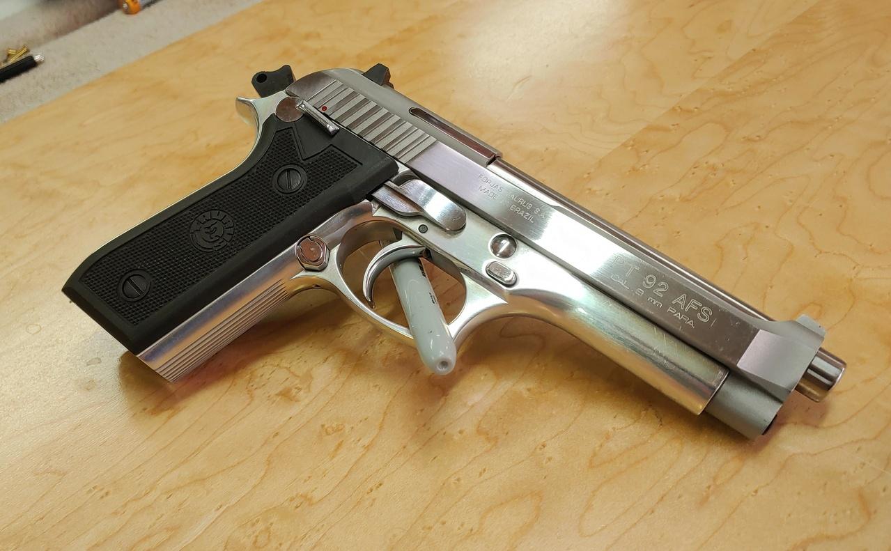 FS: Taurus/Beretta PT92 AFS Stainless 03072111